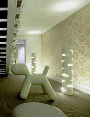Holiday Inn-Brussels Airport-Belgium-Lobby with 0-Shape Steel Floor Lamp