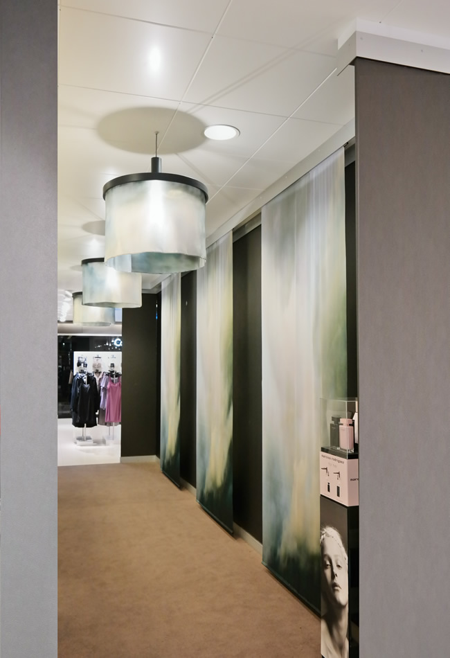 Brunklaus Amsterdam, fitting rooms The Bijenkorf lingerie department with lighting and silk banners