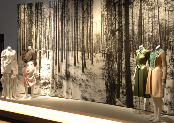 FIT Museum New York, Dutch at the Edge of Design, Fashion and Textiles from the Netherlands-Forest curtains Nicolette Brunklaus