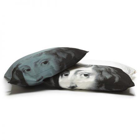 Portrait pillow
