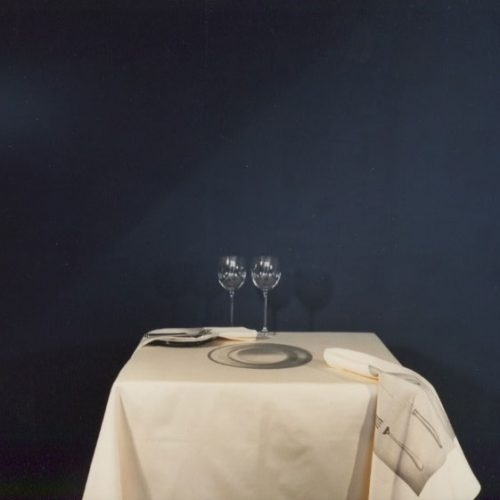 Table cloth with printed saucer and napkins with cutlery